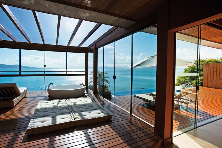 Ponta dos Ganchos Exclusive Resort – The beauty of the Emerald Coast