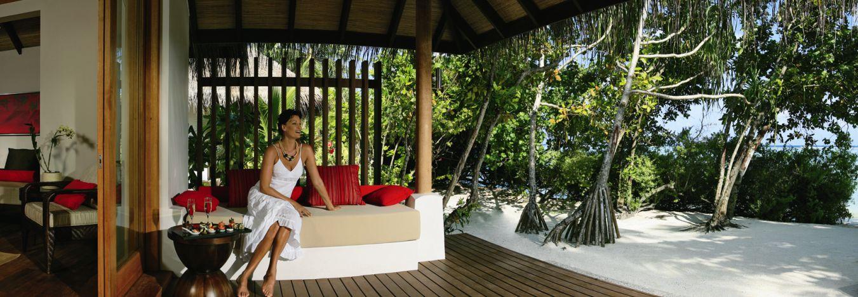 Lux-Maldives-Beach-Villa-Patio