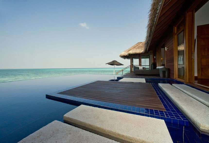 Lux-Maldives-Presidential-Villa-Pool