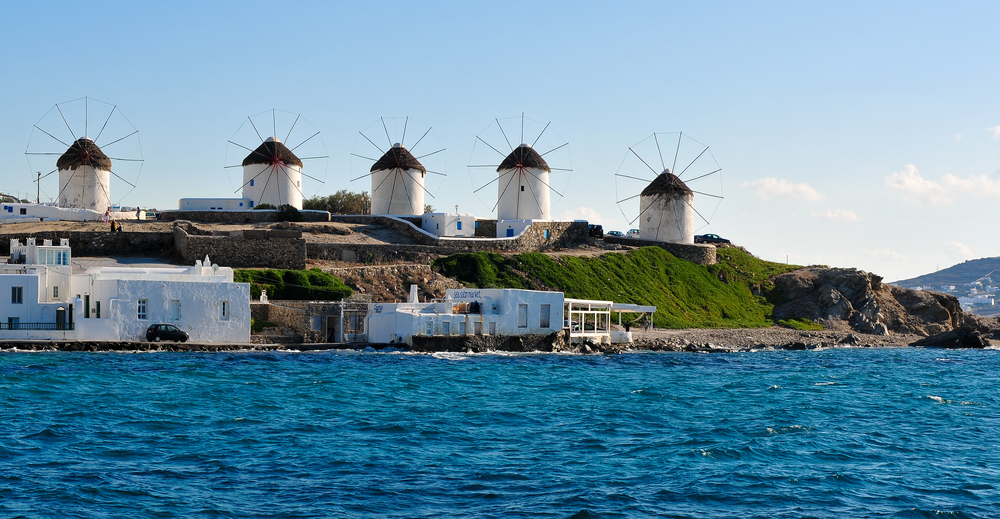passionforgreece_windmills_mykonos