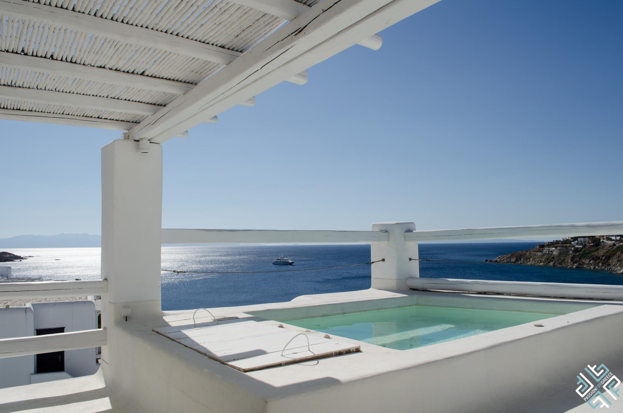 grecotel-mykonos-blu-interiors-4